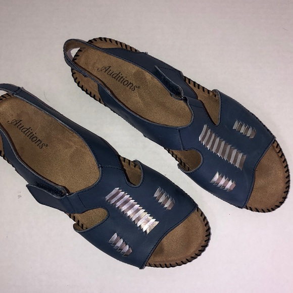 Auditions Blue leather open toe casual sandals